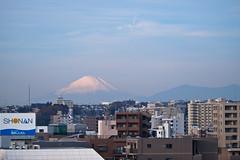 PC040012-2 (vincentvds2) Tags: fuji fujisan mountfuji mtfuji roof yokohama morning