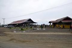 2016-09-22-3153 (tonykliemann) Tags: papua new guinea alotau