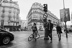 Dans la rue de Rennes (Paolo Pizzimenti) Tags: dame fer eiffel 124 lada voiture gens rue rennes vlo paris paolo olympus zuiko penf 12mm f2 m43 mirrorless film pellicule argentique doisneau