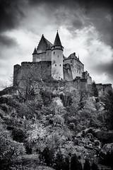 Château de Vianden (Littlepois Photographie) Tags: nikon d4 littlepois luxembourg vianden château castel noiretblanc blackandwhite nb bw silverefexpro lr4 nikon2470f28