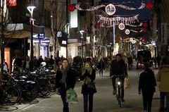 Kerstverlichting ontbranden - 31 (Mechelen op zijn Best) Tags: kerstverlichting mechelen ledverlichting kerstmis blog lichtelement shopping winkelen bruul stadhuis grotemarkt botermarkt