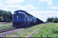 GM F-units at West Chicago IL 1976 (Mark LLanuza) Tags: chicago west gm covered wagons