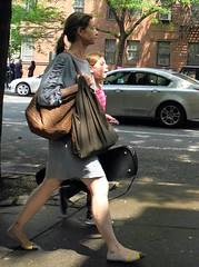 violin lesson (omoo) Tags: newyorkcity westvillage sidewalk violin streetscenes afterschool greenwichvillage motheranddaughter hudsonstreet violinlesson dscn6230 stlukesschool hudsonstreetneargrove