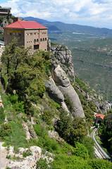 Montserrat - Serrated Mountain (scuba_dooba) Tags: santa españa mountain abbey car de spain maria cable catalonia montserrat catalunya benedictine cataluña reino serrated monistrol