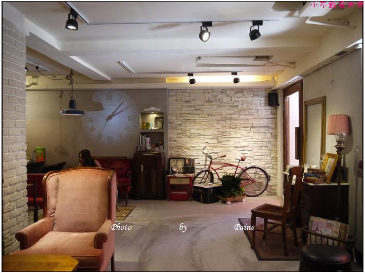 台北東區古董家具咖啡廳Space time cafe (28).JPG