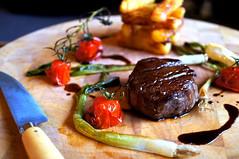 Steak and Chips (Mike Kirwan) Tags: food dinner jus beef meat fries rare redmeat bearnaise nofry nexc3