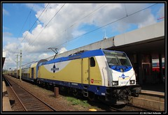 20130820 ME 146 531, Hannover (Bert Hollander) Tags: me zug hann loc trein metronom locomotief sneltrein hannoverhbf particulier eloc br146 146531 geelblauw 82825meuelzengöttingen