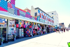 Walking along the Venice Beach Ocean Front Walk- Explore May 21, 2015 #176 (--joe) Tags: california beach shopping santamonica shops venicebeach stores oceanfrontwalk