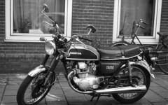 Roaring 70's (Arne Kuilman) Tags: nikon f100 analogue orwo un54 blackandwhite iso100 amsterdam nederland netherlands scan epson v600 honda cb200 motorbike 70s motor motorfiets
