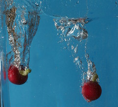 Red splash (roberthall101) Tags: water radish vegatable macro watersplash