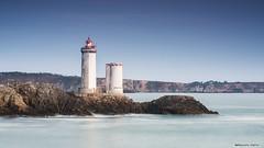 Premiers clats du phare du Minou (Kambr zu) Tags: erwanach kambrzu finistre bretagne lighthouse tourism ach sea phare lanterne ciel seascape landescape bridge plouzan