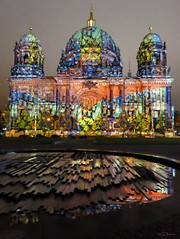 Festival of Lights  -  Berliner Dom (3) (Ellenore56) Tags: 13102016 berlin festivaloflights lichtshow berlinerdom illumination illuminate illumine illuminated lichtstrahl ray kunst art kreation creation lichtkunst lightart spektakulr viewy spectacular lichtzauber magicoflight oktober stadt city detail moment augenblick sichtweise perception perspektive perspective reflektion reflection reflextion farbe color colour licht light inspiration imagination faszination magic magical panasonicdmctz61 ellenore56 berlinbeinacht berlinatnight gebude bauwerk building angestrahlt floodlit floodlights stimmung mood atmosphere sentiment abendlicht sunsetlight luce lume lumire textur texture
