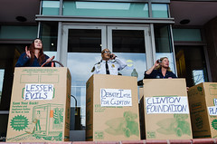 3Boxes-DNC (Backbone Campaign) Tags: lameducktpp tppvictory stoptrumpism riseup evictdnc backbonecampaign popularresistance flushthetpp