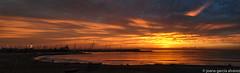 surt el sol panormica (xania.g) Tags: seaside coastline platja playa barceloneta barcelona amanecer sortidadelsol octubre october magicalsunrise alba albada platjadelabarceloneta colors
