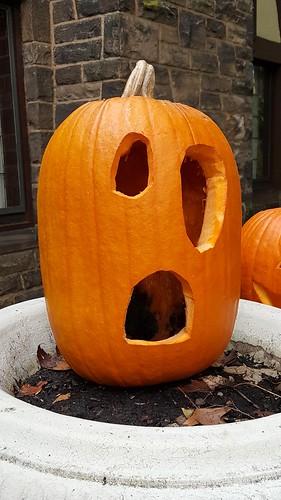 halloween2016 jackolantern pumpkin pumpkincarving halloween myhouse
