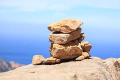 hochstapeln (pippilotta68) Tags: korsika natur ammeer steine felsen