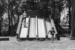 Tobogn (Alvimann) Tags: kid kids nio nios toddlerboy toddler toddlergirl tobogan tobogn slide slider toboggan concrete concreto hormigon
