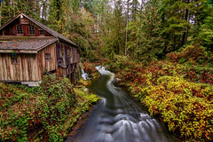 Cedar Creek Grist Mill (Cole Chase Photography) Tags: autumn fall washington pacificnorthwest mill canon eos 5d mark iii