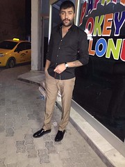#turkish #man #macho #hombre #handsome #bulge #tall #mao #erkek #jeans (Erkeke Maolar) Tags: bulge jeans handsome erkek tall macho mao man turkish hombre