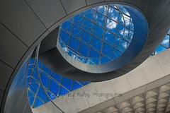 Louvre (http://arnaudballay.wix.com/photographie) Tags: 2016 paris city cityscape septembre ville iledefrance france fr museum musee louvre lelouvre palaisdulouvre escalier architecture stair iris eye sky graphism minimalis