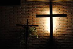 DSC_0382 (Leo evan) Tags: underexposed subexpuesto cruz cross crucifijo crucifix