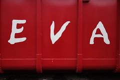 EVA (Pascal Volk) Tags: rot red white weis container eva sonydscrx100 berlin althohenschnhausen landsbergerallee berlinlichtenberg parkplatz