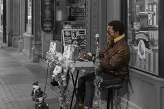 Euclid Avenue Performer (player_pleasure) Tags: music selectivecoloring euclidave cleveland ohio downtown