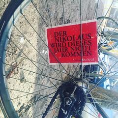 #notforyou #nikolaus #spokecard #berlincycles #dernikolauswarschonda (BERLIN CYCLES) Tags: berlin berlincycles speedbikes fixies hipster fixedgear