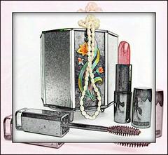 Toucador (Maria Luiza S) Tags: makeup maquiagem lipstick baton