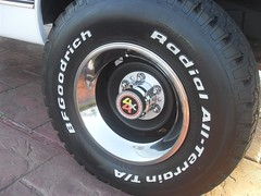 71K5Blazer_2k_rear_rim (Monaco Luxury) Tags: auto bar 1971 ps pb stereo chevy 350 roll custom blazer resto k5 pristine frameoff
