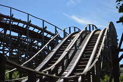 The Dueling Track of Stampida (CoasterMadMatt) Tags: park parque espaa costa west primavera port season de photography amusement spring spain montana european photos may catalonia resort east spanish photographs fotos roller theme destination mayo catalunya este coaster far attraction park coasters salou temporada aventura daurada espaol rollercoasters atracciones fotografa fotografas farwest dorada portaventura tarragons resort rusa atraccin costa temtico 2013 port european roller coaster parque theme provincia dorada aventura province montaa rusa temtico atracciones tarragona coastermadmatt daurada