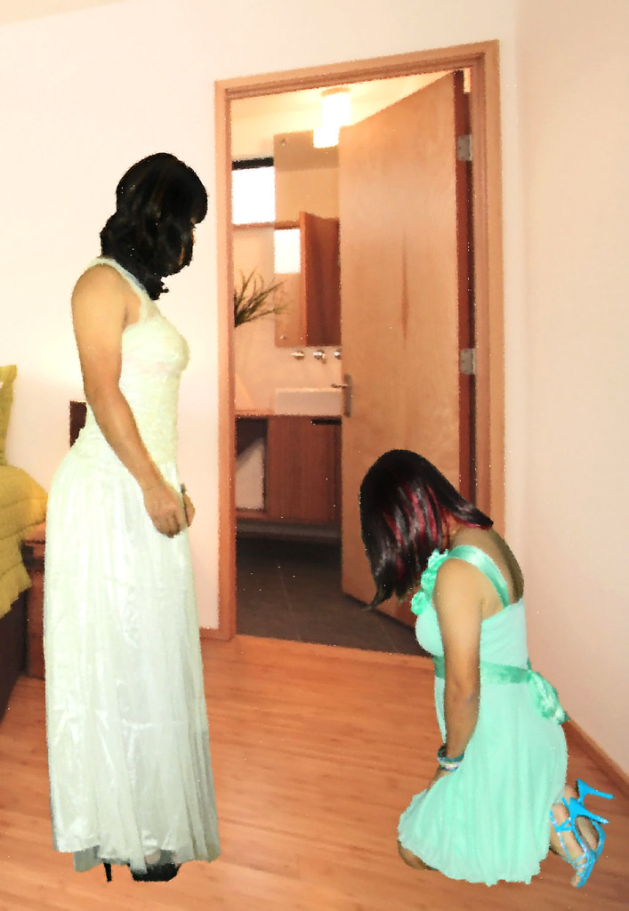Bridesmaid lesbian pictures man