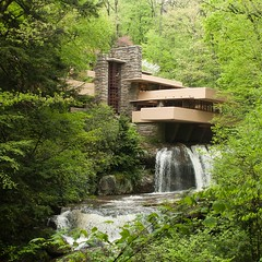 """Capturing"" Fallingwater: a criticism (img finder) Tags: canon 28mm f18 fallingwater"