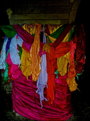 Problem Scarves (Ash in Van) Tags: temple iraq problems kurdistan lalish yezidi