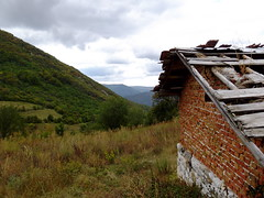 / Ponor mountain (Deian Vladov) Tags: roof mountain building abandoned rooftop clouds barn rural forest montagne rocks village view hills bulgaria dirtroad balkans nuages toit vue planks btiment grange hamlet fort roches balkan bulgarie planches collines abandonn hameau rooftiles drygrass tuiles  locality    abandonne    bulgria chemindeterre ponor herbesche         blcs malaplanina grandbalkan brickmade      enbrique  mtchapoliana  meapolyana   golemaplanina enbriques dobrin