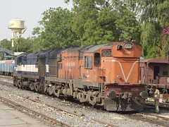 ABR Twins _/\_ (Jai BGKT) Tags: road for diesel north shed some move western and warrior abu railways towards rajasthan rebuilt the nwr purposes maintainance abr 16276 hanumanji wdm3a wdm3 16610r
