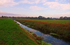 The River Torne. (Steven Ruffles) Tags: way lincolnshire ealand peatlands