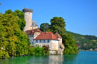 Chateau de Duingt sur le lac d'Annecy