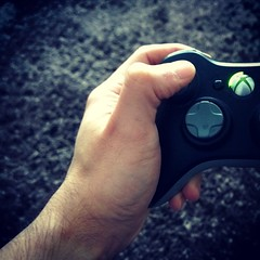 colour xbox gaming smartphone controller gunfight... (Photo: xhupf on Flickr)