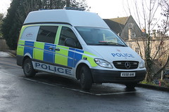 VX58AHK Gloucestershire Constabulary Mercedes Vito (charlie cars) Tags: station mercedes police gloucestershire crime vehicle van stroud 2008 vito stoppers ahk vx58 vision:car=0923 vision:outdoor=0958