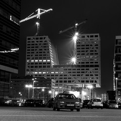 Building Under Construction (@noutyboy (Instagram)) Tags: light bw holland monochrome night canon stars utrecht nightshot zwartwit nacht nederland thenetherlands 28 f28 nachtfotografie 2014 cityoffice sterren 1755mm stadskantoor nout eos550d noutyboy