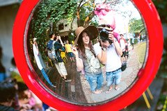 Selfie (Yinjia Pan) Tags: travel boy portrait woman man reflection love girl horizontal thailand outdoors happy photography couple asia tour chinese chiangmai youngwoman youngman selfie 50l 1dx canonef50mmf12lusm eos1dx