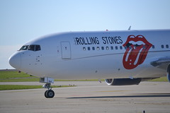 DSC_3590 (icksilver) Tags: stones boeing rolling 767 mse manston b762 zsdji
