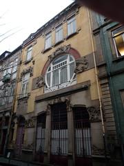 OPORTO 503. Fachada modernista. (joseluisgildela) Tags: portugal modernismo oporto