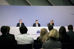 20 October 2016 Press Conference (European Central Bank) Tags: ecb pressconference mariodraghi christinegraeff vitorconstancio monetarypolicy interestrates europeancentralbank euroarea europischezentralbank