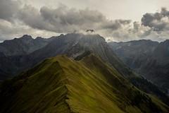 Walk the Path up to the Clouds (bandit4czm) Tags: lechtal tirol ausserfern austria berg mountain lechtaleralpen holzgauwetterspitze tajaspitze sonnenkogel misty cloudy wolken