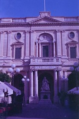 Valletta, august 2014 (Tefilo de Sales) Tags: analog analogic film fuji fujifilm fujixtra400 malta 50mm 35mm expired nikkormatel nikkormat nikon nikkor summer island city valletta capital meditarrean