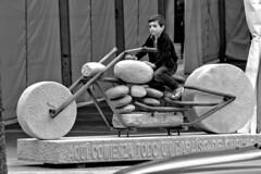 The Flintstones (R.D. Gallardo) Tags: canon eos 600d retrato raw robado hdr asturias cangas de onis bw blanco black bn negro white boy nio moto piedras cantos