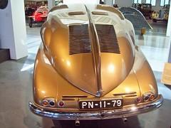 123 Tatra T87 (Dorsal Fin) (1947) (robertknight16) Tags: tatra czech czechoslovakia 1940s t87 streamlined ledwinka zeppelin artdeco malaga