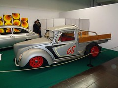 VW Käfer Pick up (911gt2rs) Tags: messe event show tief low stance custom truck pickup silber silver umbau pritsche oldschool coachbuilt worldcars ute